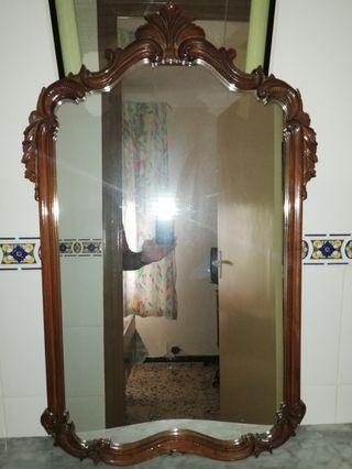 Espejo isabelino con cristal