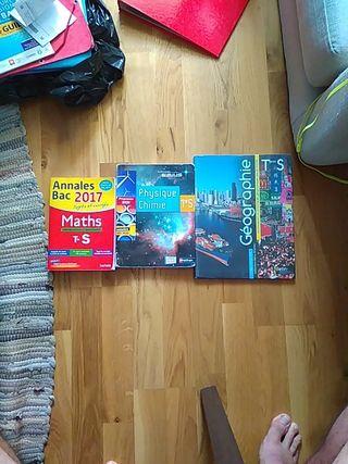 livres scolaires et annales