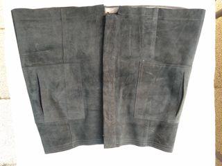minifalda de piel