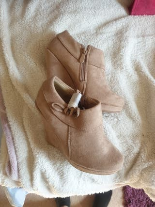 platform beige shoes