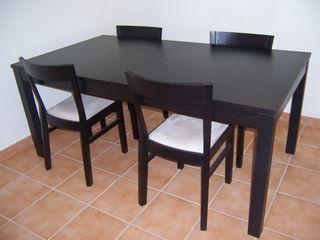 Mesa y sillas Ikea Bjursta