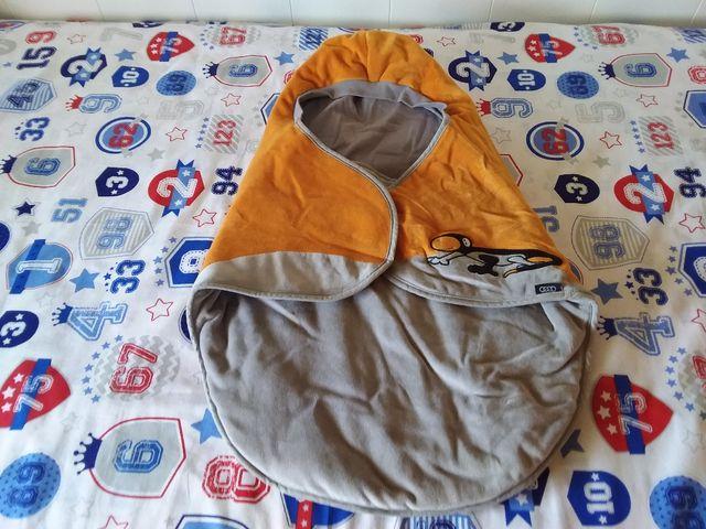 CHOLLO!.Mantita para bebés marca AUDi