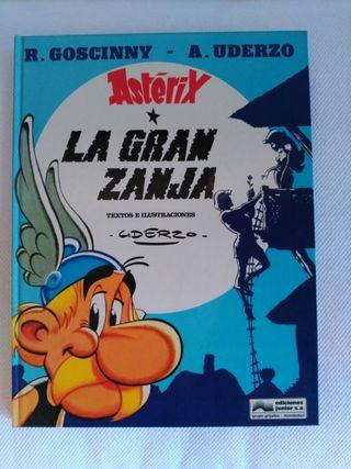 """""""Astérix. La gran zanja"""""""