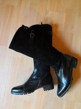 Botas negras de piel T38