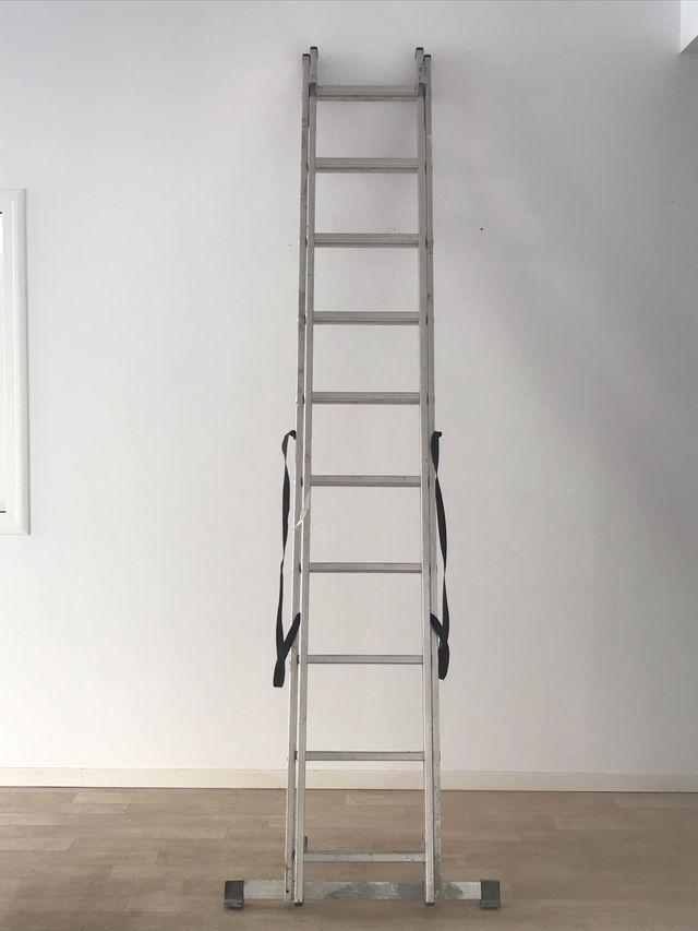 Escalera de aluminio de 2 tramos