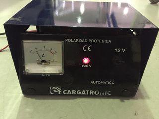 Cargador baterías Cargatronic 12v-10A