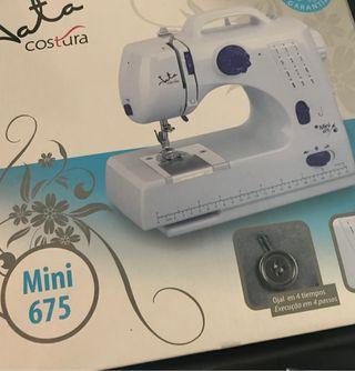 Máquina de coser Jata mini