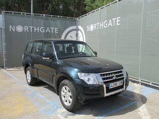 Mitsubishi Montero largo 7 plazas