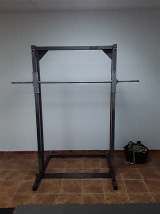 maquina gimnasio, sentadillas, press inclinado
