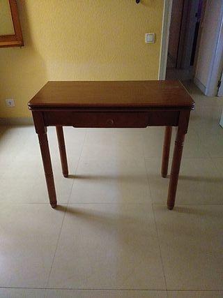 Mesa cocina y dos taburetes