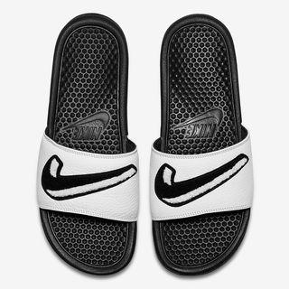 b52c85d6a2e Chanclas Nike de segunda mano en la provincia de Valencia en WALLAPOP
