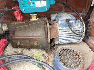 Motor pozo agua
