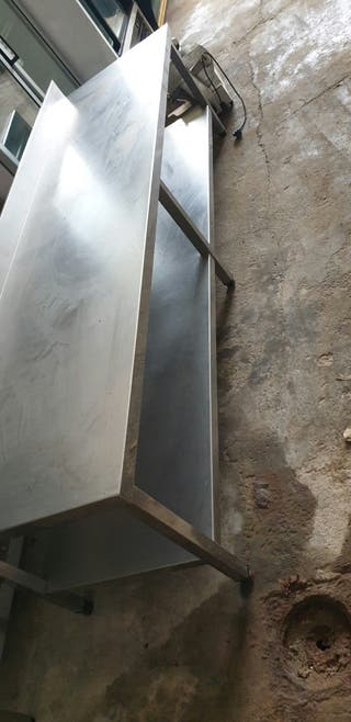 Mesa de acero inoxidable
