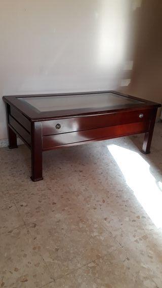Mesa baja de caoba con cajón colección/exposicion