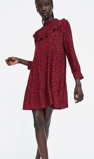 25bae5cf7 Vestido Zara de segunda mano en Puente Arce en WALLAPOP