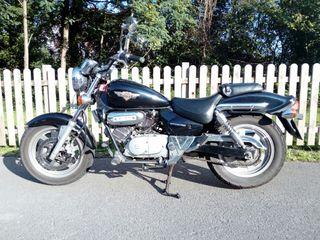 Moto 125cc tipo chopper