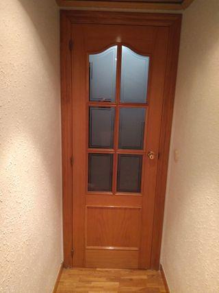 2 puertas acristaladas madera maciza
