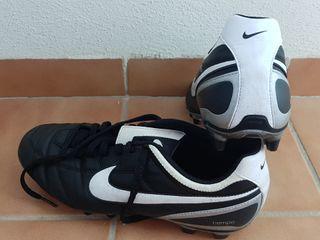 Botas fútbol Nike Tiempo talla 44.5 Reestreno