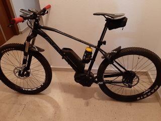 se vende bicicleta montaña eléctrica.