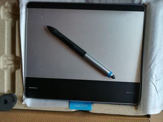 5384e3c417d Tablet con windows de segunda mano en Barcelona en WALLAPOP