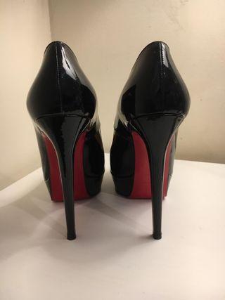 Zapato mujer christian louboutin