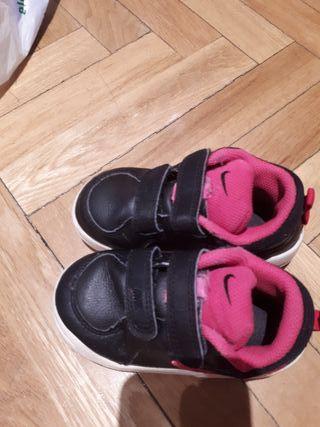 zapatillas nike 23'5
