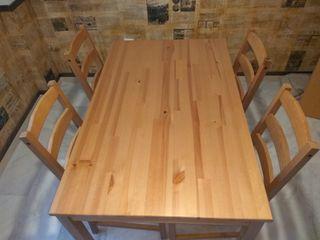 Mesa y 4 sillas de madera IKEA JOKKMOKK