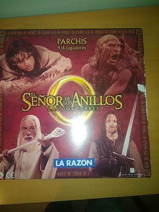 PARCHIS CON SUS 24 FIGURAS Y 6 CUBILETES DEL SEÑOR