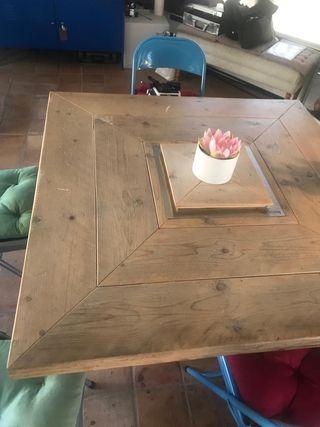 Mesa comedor vintage de segunda mano en Marbella en WALLAPOP