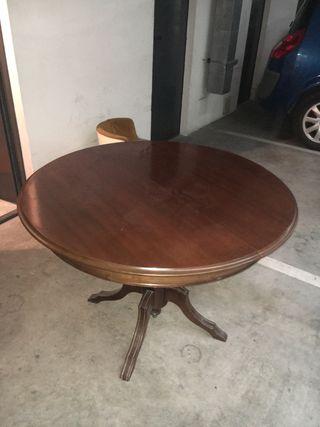 Mesa comedor con 6 sillas. Negociable