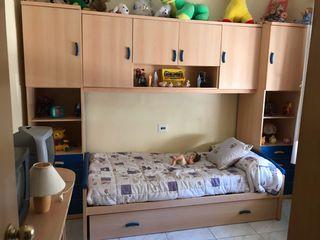 Se vende habitación infantil unixex.