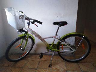 b2002a01e67 Sillín de bici de segunda mano en Vitoria-Gasteiz en WALLAPOP