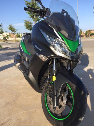 Kawasaki j300SE. Cambio por moto apta para A2