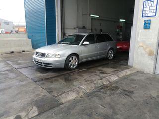 Audi S4 1999