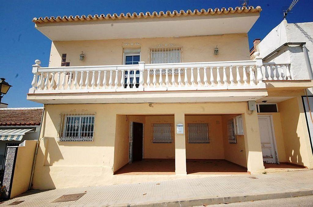 Casa adosada en venta en Manantiales - Lagar - Cortijo en Alhaurín de la Torre (El Peñón, Málaga)