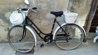 Bicicleta vintage antigua de colección