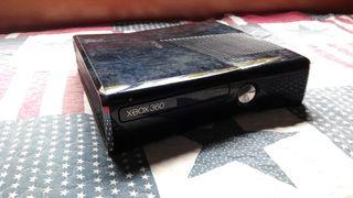XBOX 360 + pack de juegos