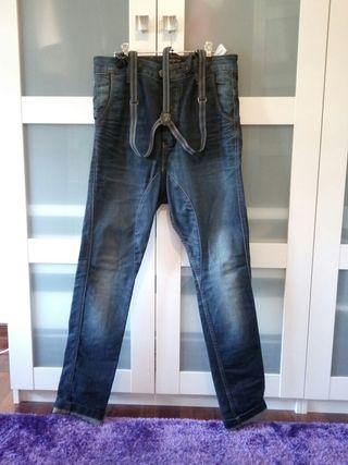 d365b9603 Pantalones con tirantes de segunda mano en Santander. Profundiza tu  búsqueda: Pantalones Levis · Pantalones para ...