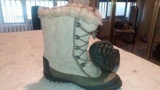59546fa5512 Botas de nieve mujer de segunda mano en WALLAPOP