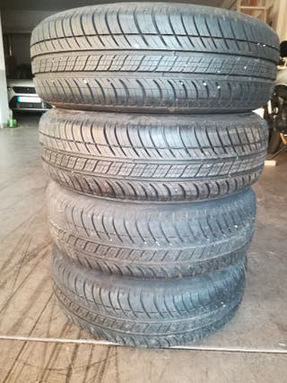vendo neumáticos Michelin Energy 175/65 R15