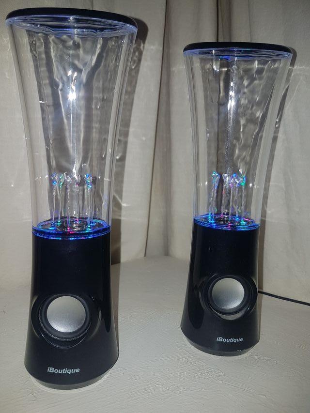 1/3 iBoutique Dancing Water Speaker