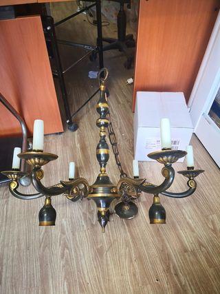Lámpara antigua.
