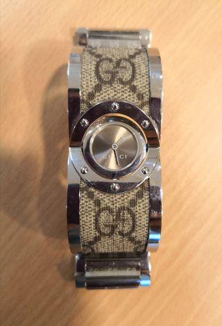 Reloj Twirl de Gucci