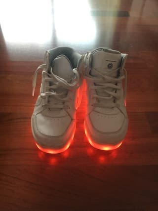 Zapatillas Skechers luces - Numero 36