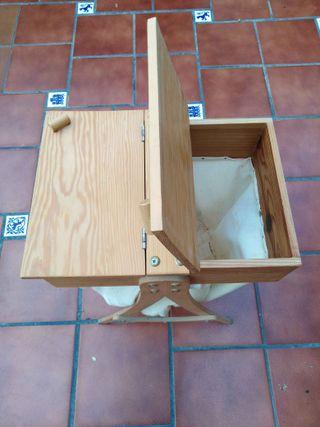 Costurero artesanal de madera