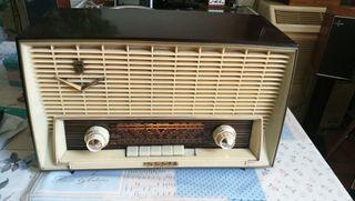 radio de colección antigua iberia