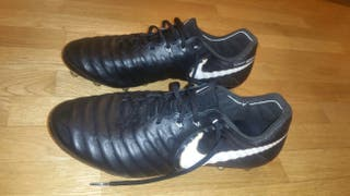 Botas futbol Nike Tiempo Legend VII AG-PRO