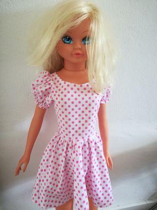 muñeca sin usar 100cm +-