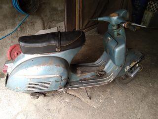 Vespa Esprint 150 del año 1966