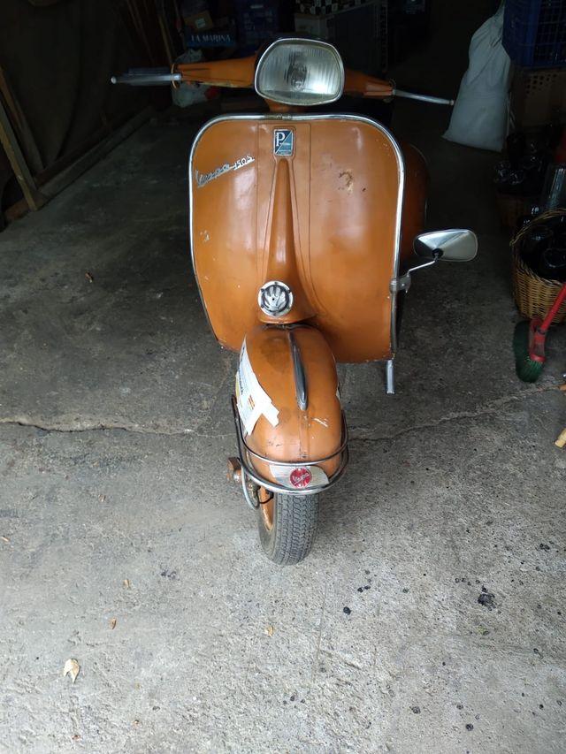 Vespa 150 S del año 1966.